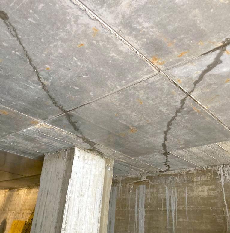 komsol strapazierter beton decke wasser risse verpressung controll innerseal sanierung reparieren blog